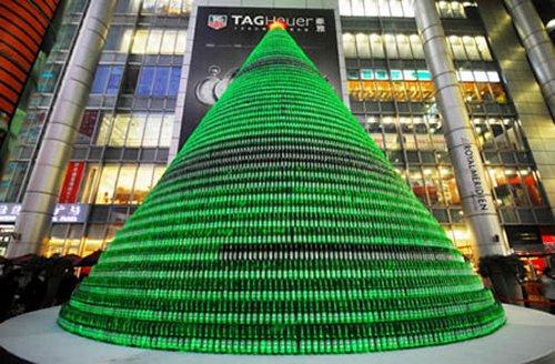 beer_bottles_christmas_tree.jpg