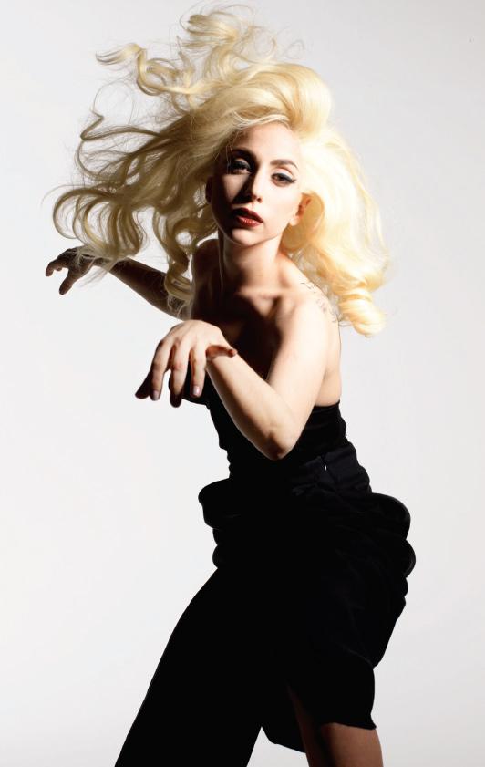 New stills from Lady Gaga photo shoot! 13 05 2010
