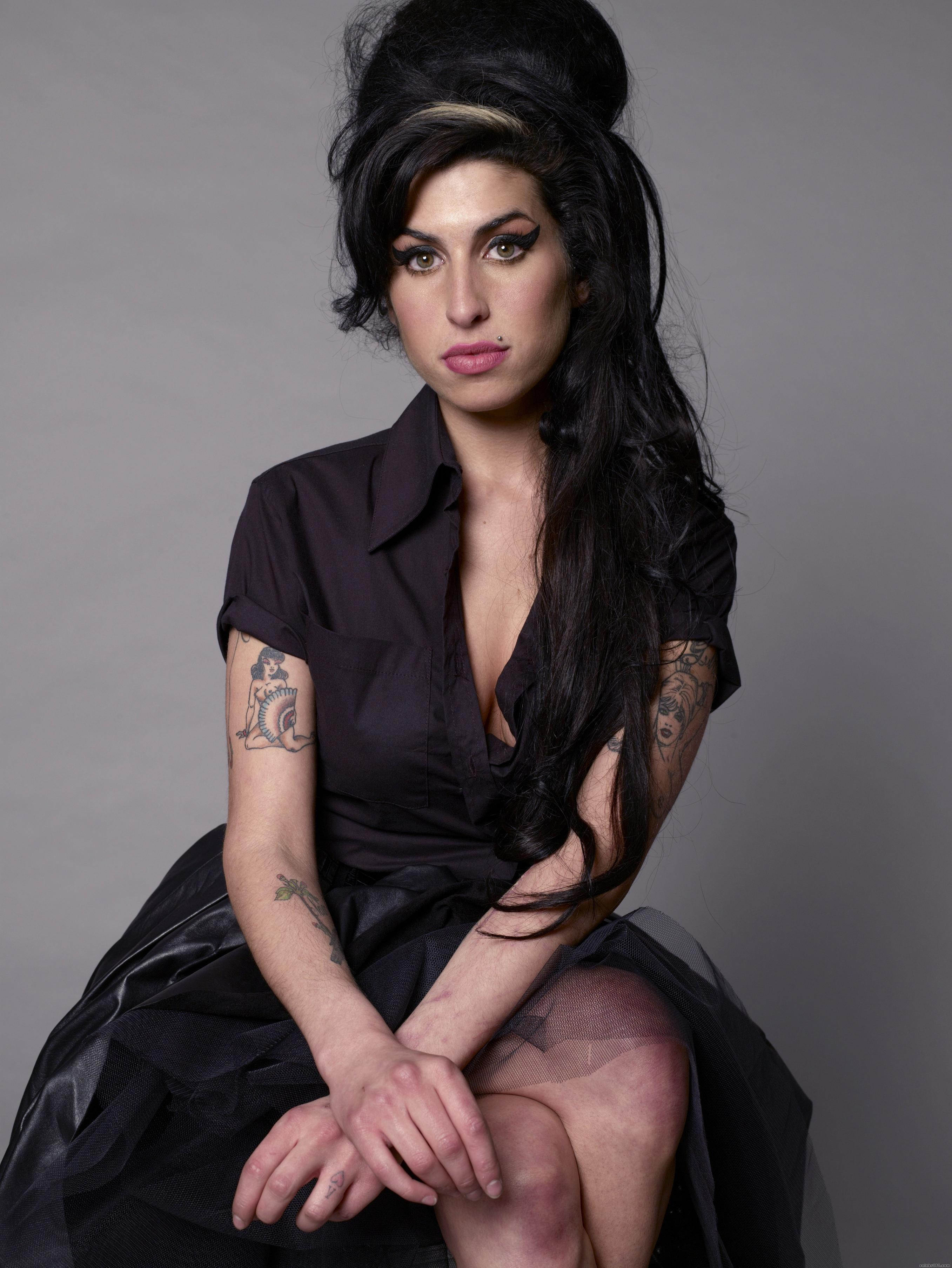 Amy_Winehouse_4