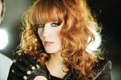 FlorenceAndTheMachine_Lungs_10a