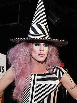 sharon-needles-300