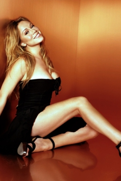 Mariah-Carey-in-Hot-Black-Dress-iPhone-Wallpaper-Download